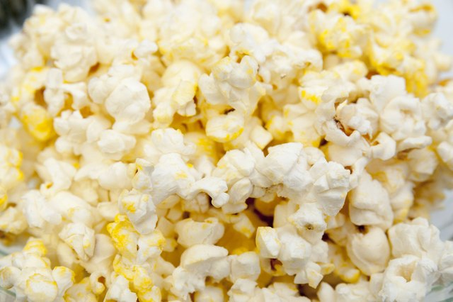 does temperature of kernels affect popcorn Analysis for percent water in popcorn 23  weigh must always be at room temperature or it  and worked with only 9 kernels, would it affect your calculated.