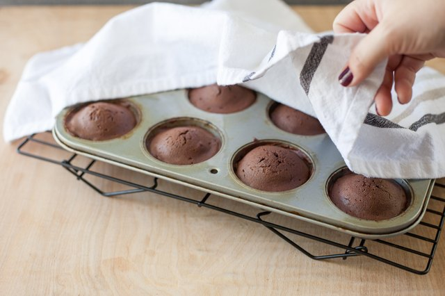 how to make cupcakes without cupcake mix
