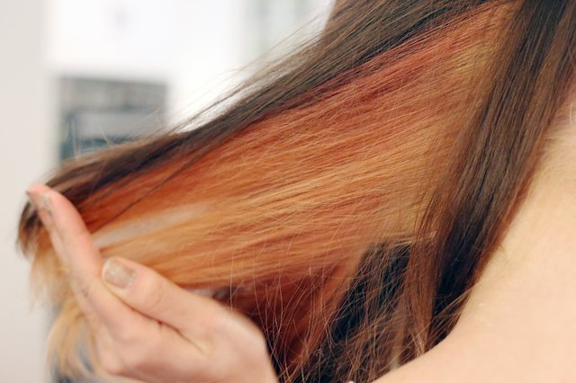 How to dye peek a boo hair leaftv the peek a boo look will work on any type of hair in any color you just need to decide if you want a wild color like hot pink or a natural color like solutioingenieria Image collections
