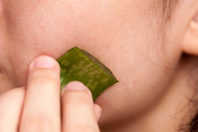 how to reduce pore size with aloe vera