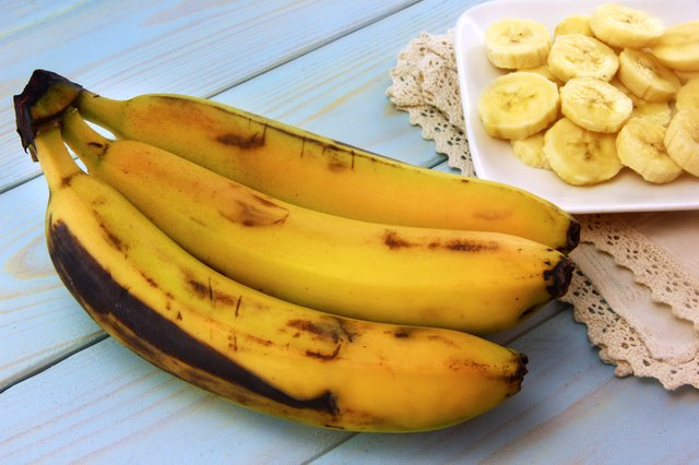 are overripe bananas ok to eat