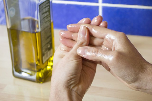 how to remove jalapeno pepper oil from your hands