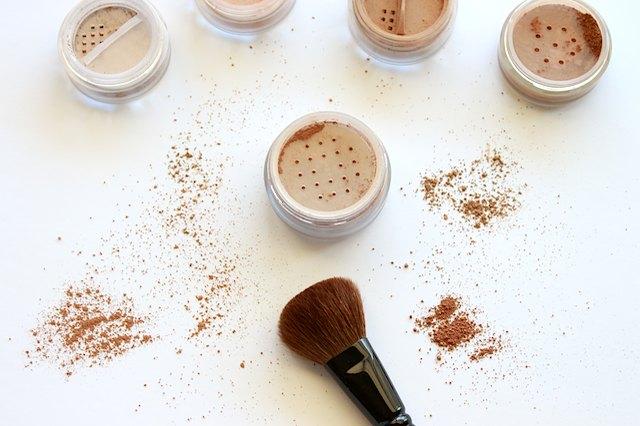 Bronzer makeup brush