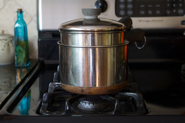 What Can I Substitute for a Double Boiler LEAFtv