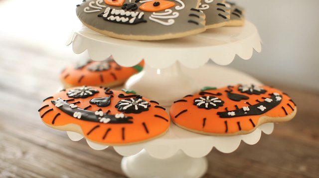 4 Easy DIYs For Hosting Your Halloween Party