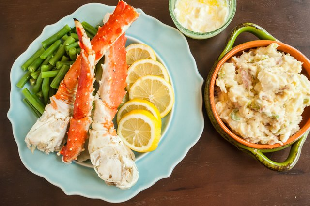 ... breads and vegetable dishes to create a filling but not stuffing meal. Sides can be hot or cold regardless of whether the crab legs are served warm ... & What Side Dishes Go With Crab Legs | LEAFtv