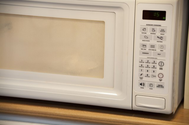 Set The Microwave Timer For 15 To 20 Seconds At High Using Lesser Time Wattage Microwaves Jumbo Hot Dogs Start With A Cook Of
