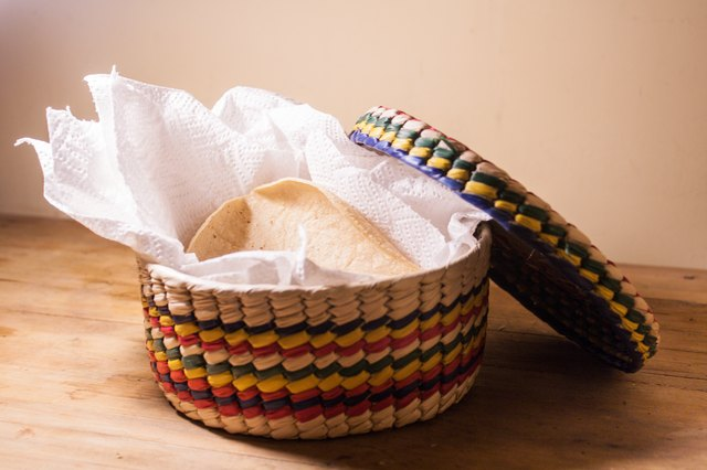 how to steam tortillas like the restaurants do