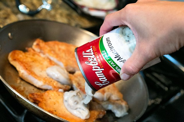 how to use campbell's cream of mushroom soup when cooking pork chops