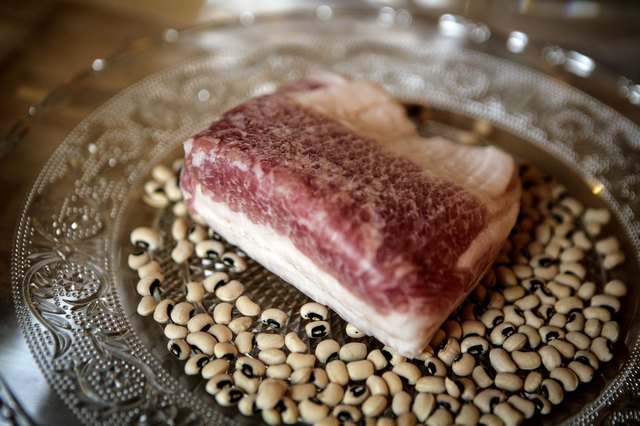 how to use salt pork in beans